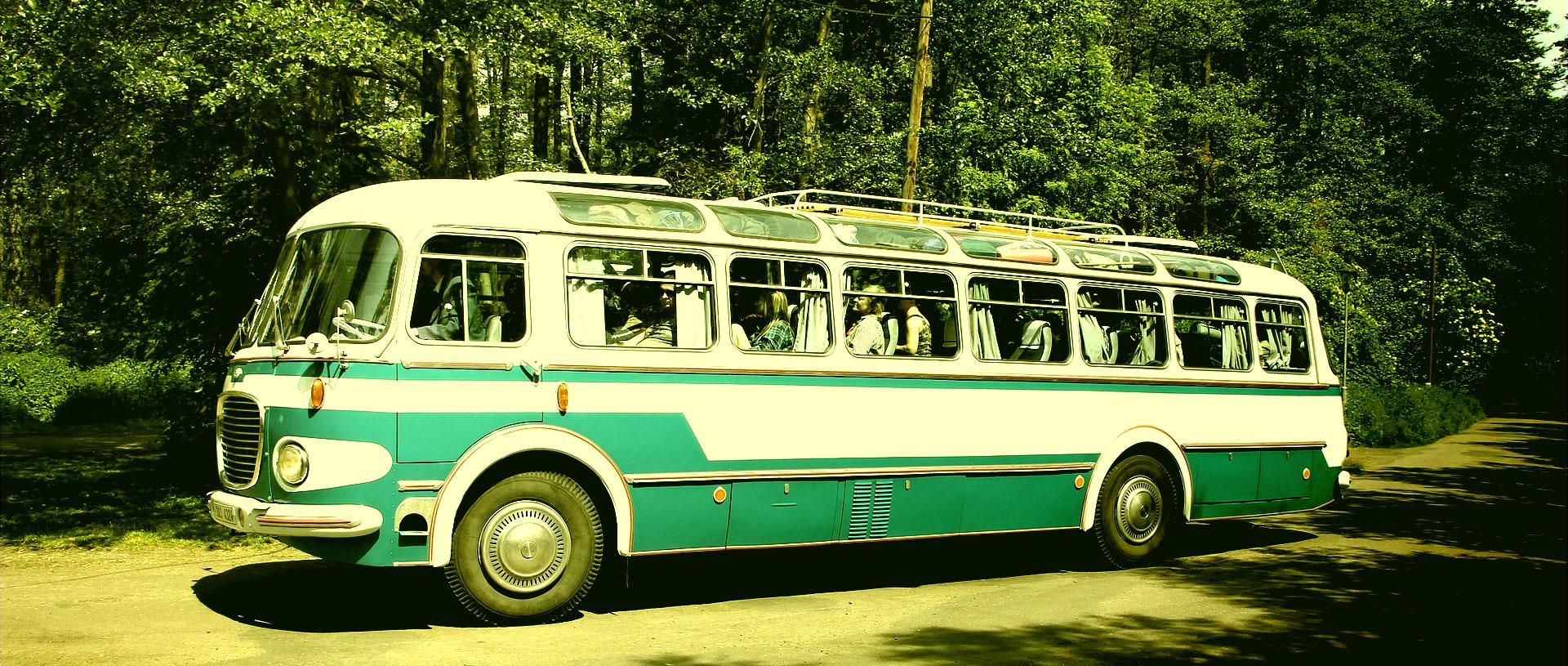 Banner starý autobus